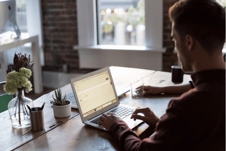 Several Benefits of Creating a Small Online Business